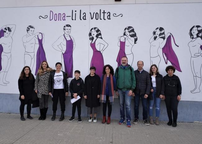 El segundo mural por la igualdad ya luce en el IES Manacor