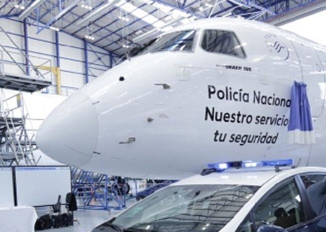 """Air Europa presenta un avión rotulado con el nombre """"Policía Nacional. Nuestro servicio, tu seguridad"""""""