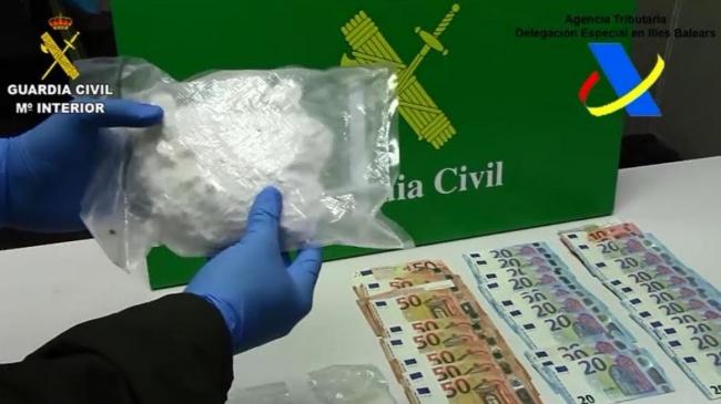 La Guardia Civil detiene a un hombre en el Puerto de Palma que intentaba introducir 700 gramos de cocaína