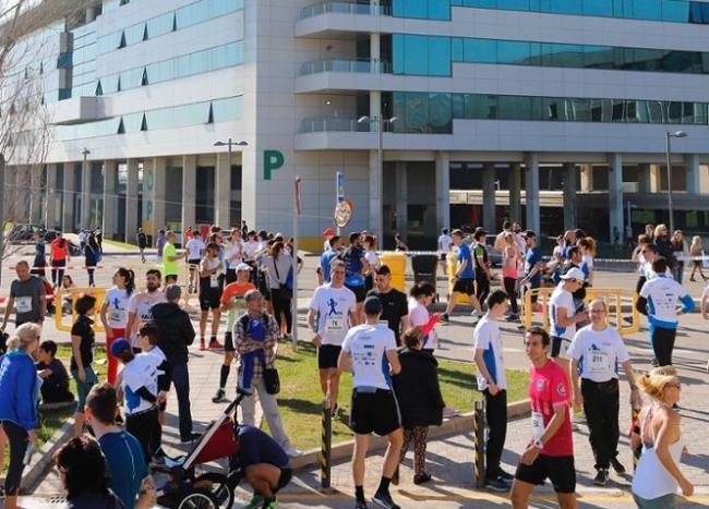 920 corredores participan en la Tercera Carrera Son Espases