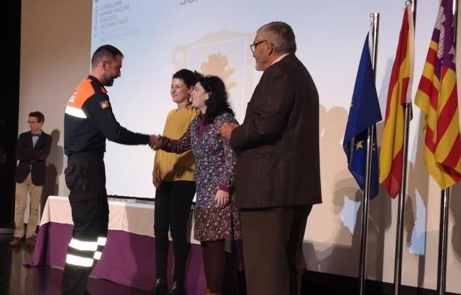 20 agentes y voluntarios de Mallorca reciben la Cruz al Mérito Policial