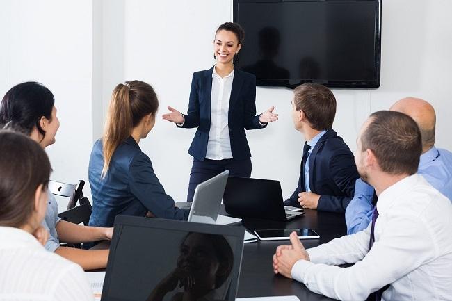 Plan piloto para asesorar a mujeres en la creación de pequeñas y medianas empresas