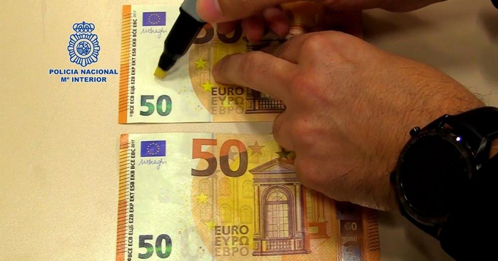 La Policía Nacional advierte de que el uso del rotulador detector de billetes falsos no siempre es efectivo