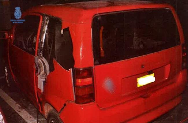 La Policía Nacional detiene a un hombre por 12 robos con fuerza en vehículos