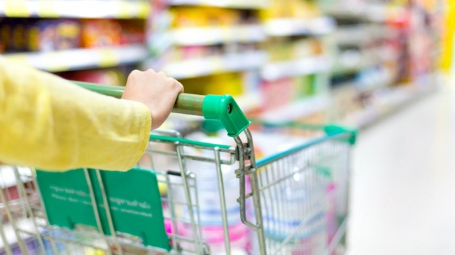 Yllanes: 'La reapertura de los centros comerciales y grandes superficies se hará de manera gradual y siempre y cuando la situación sanitaria lo permita'