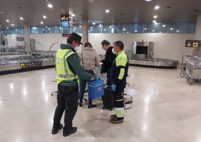 La Guardia Civil presta apoyo al transporte de material para trasplantes