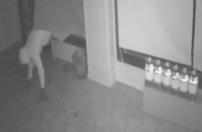 La Policía Nacional detiene a un hombre buscado por seis robos con fuerza en Palma