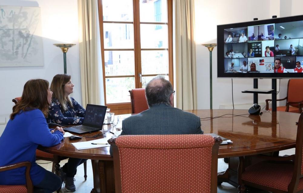 Armengol agradece la respuesta asistencial del sistema sanitario de las Illes Balears por la COVID-19