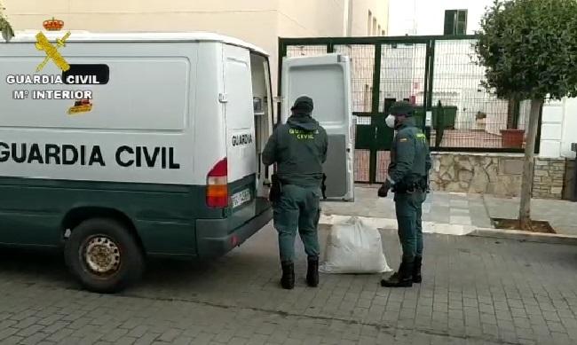 La Guardia Civil continúa realizando auxilios a la residencia de ancianos de Mercadal
