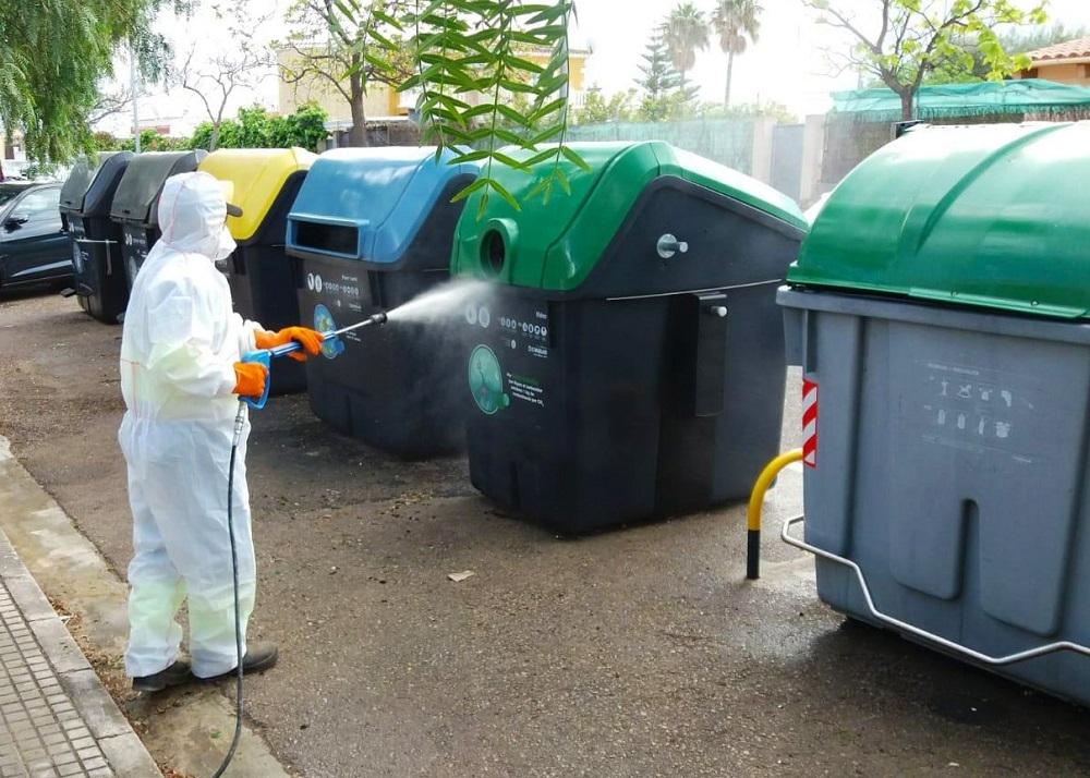 EMAYA ha limpiado con desinfectante 2,5 millones de metros cuadrados de calles y aceras
