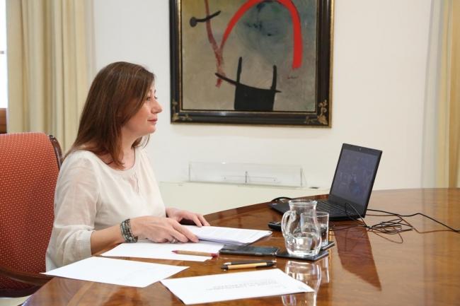 Armengol se ha reunido por videoconferencia con Pedro Sánchez y demás presidentes