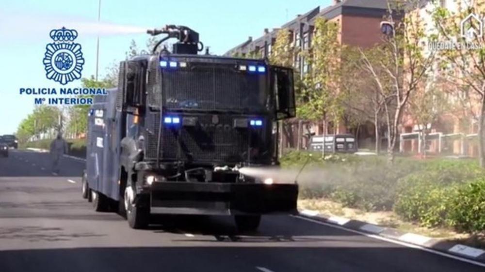 La Policía Nacional comparte su experiencia en la adaptación de camiones lanza agua para la lucha contra el COVID-19