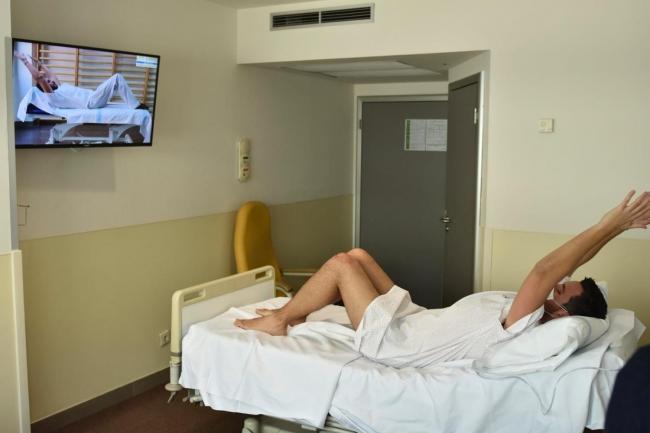 Son Llàtzer crea un programa de rehabilitación para pacientes con COVID-19 a través de los televisores