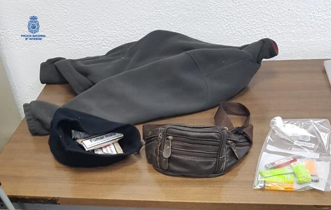 La Policía Nacional detiene a un hombre por un robo con fuerza en un establecimiento