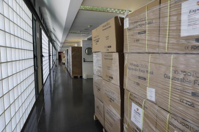 Llega a las Islas un nuevo cargamento con 1.583.000 mascarillas y 10.500 test rápidos