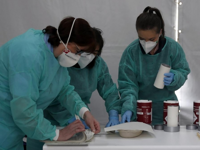 """El Círculo de la Sanidad tilda de """"muy mejorable"""" la gestión de la pandemia"""