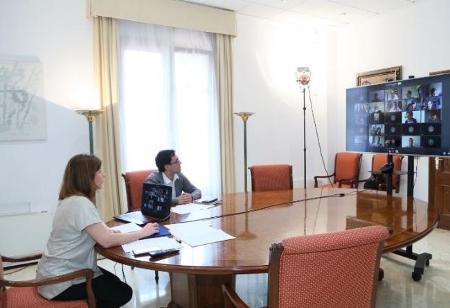 La presidenta Armengol mantiene un encuentro por videoconferencia con miembros del Círculo de Corresponsales Extranjeros en España