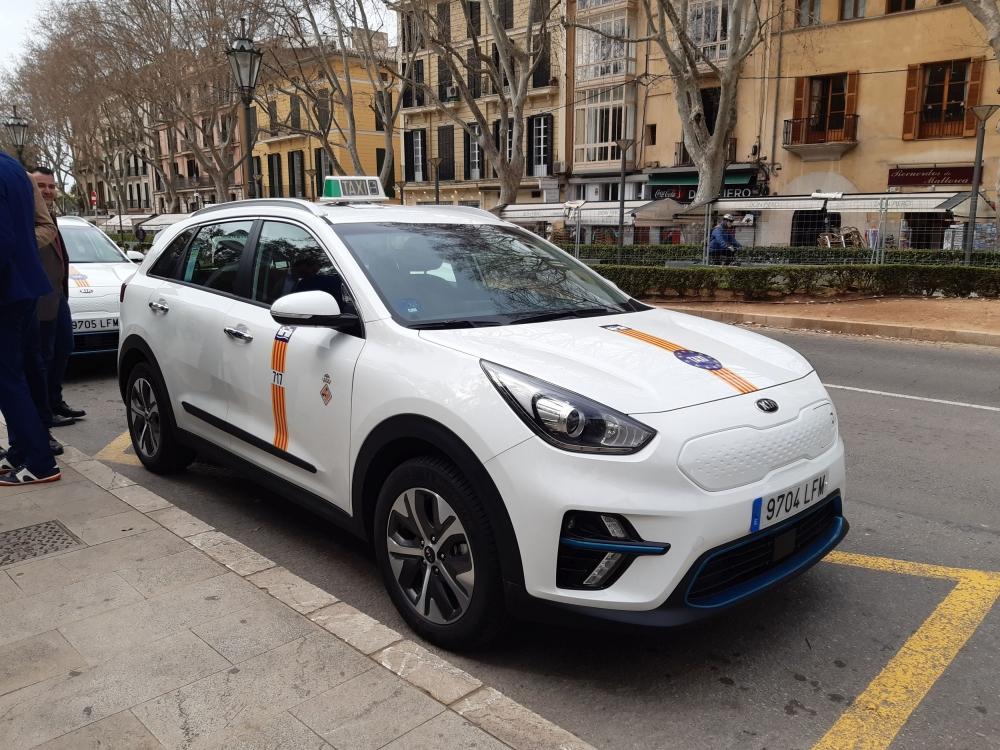 Palma autoriza la instalación de mamparas en los taxis