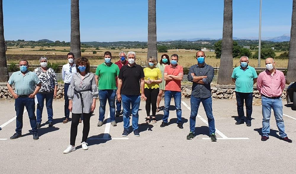 Los alcaldes de El Pi muestran su indignación con el Decreto Ley de enfriamiento de la inversión