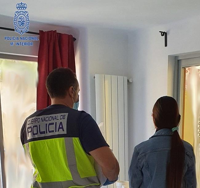 La Policía Nacional detiene a una mujer por delito de prostitución y favorecimiento de la inmigración ilegal