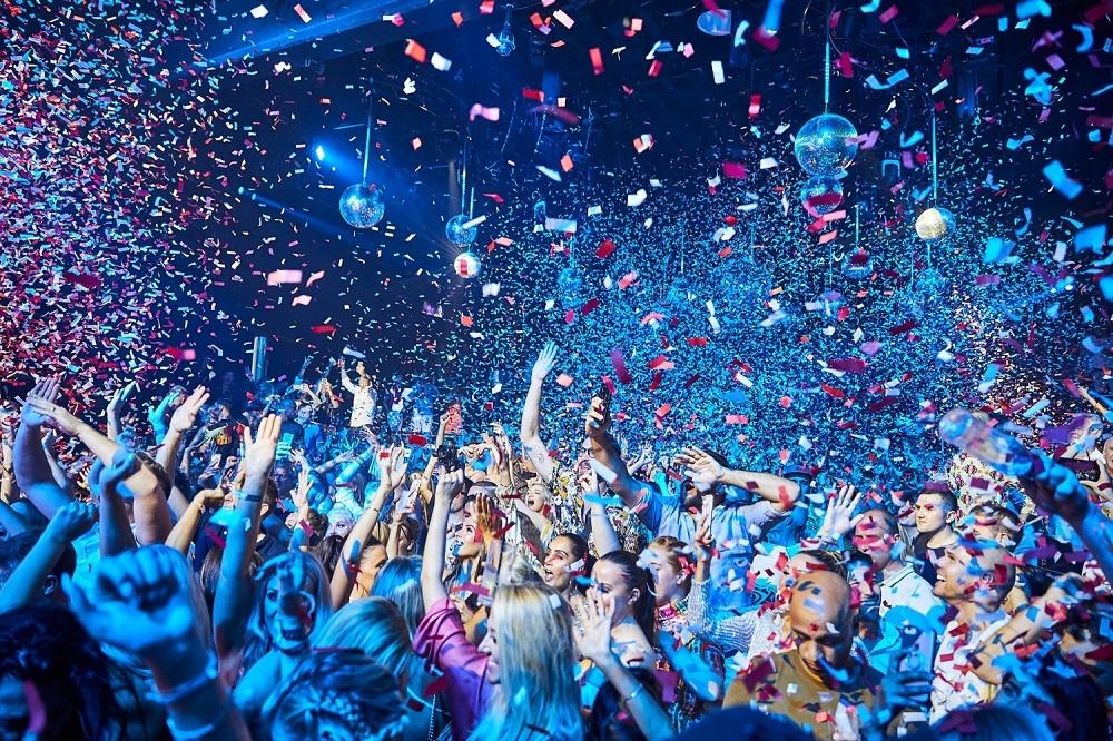 Las discotecas no podrán abrir en la fase 3