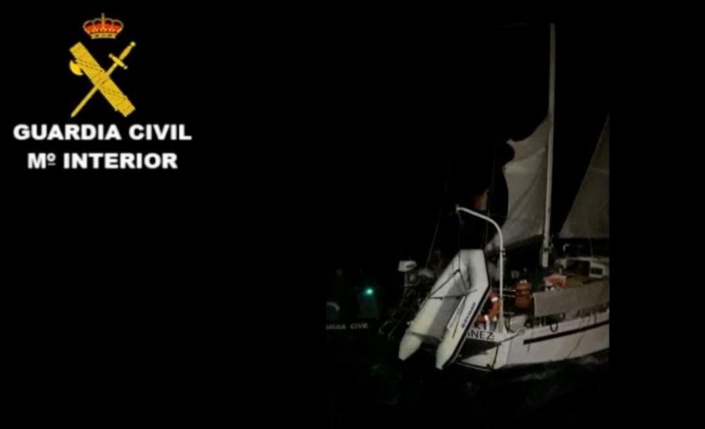 Intervenido un velero que navegaba por aguas internacionales cerca de Senegal con  5,1 toneladas de hachís