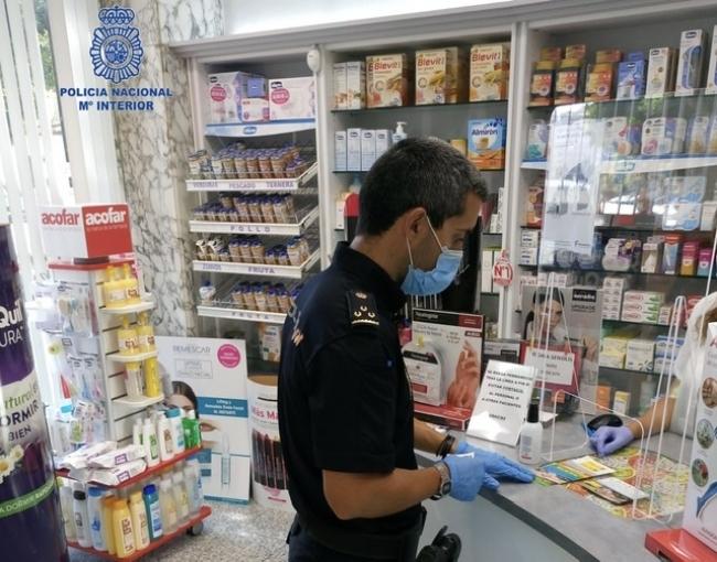La Policía Nacional y las farmacias firman un convenio