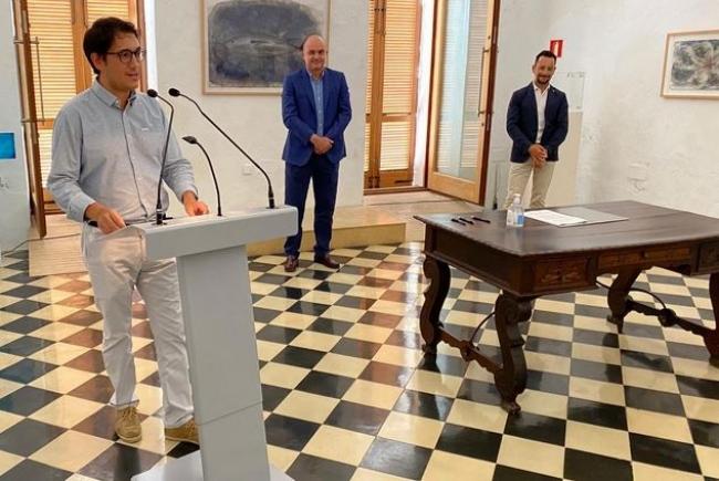 El Govern, el Consell de Eivissa y el Ayuntamiento de Eivissa acuerdan ampliar las ayudas extraordinarias al trabajo autónomo
