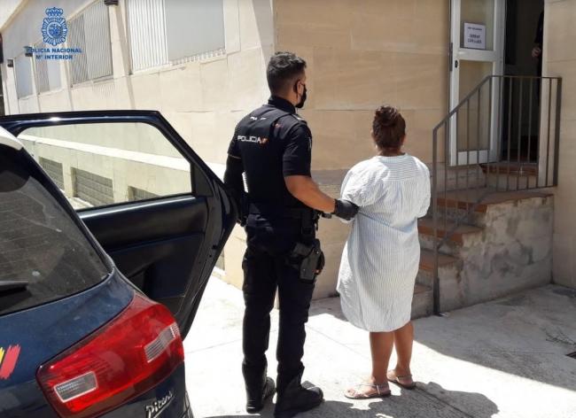 Dos detenidos por el robo de una cartera a un turista de edad avanzada