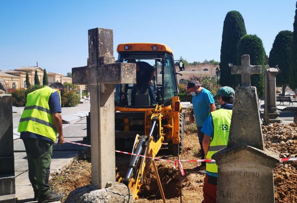 Empiezan las tareas de exhumación de la fosa de Son Coletes, en Manacor