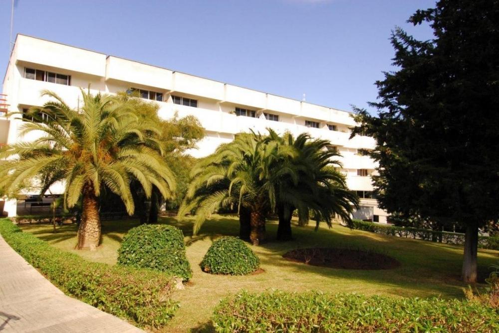 La residencia de La Bonanova retoma las visitas familiares