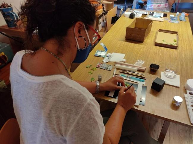 El Consell posibilita que los profesionales de la artesanía se formen en nuevas técnicas