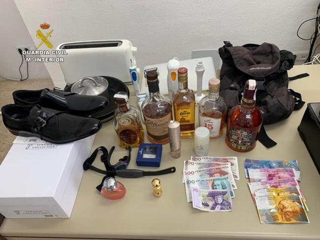 La Guardia Civil detiene a tres jóvenes que acaban de cometer un robo en una vivienda de Cala San Vicente de Pollença