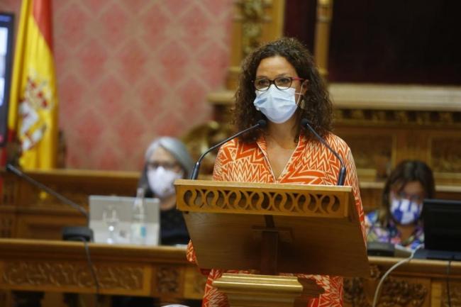Cladera defiende los servicios públicos y las políticas sociales como la «salvaguardia de todos y todas»