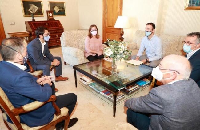 Reunión entre la presidenta del Govern y los presidentes de la PYME en las diferentes islas