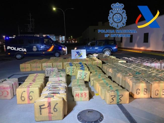 Macrogolpe al tráfico de drogas con la intervención de 35 toneladas de hachís, su base era Baleares