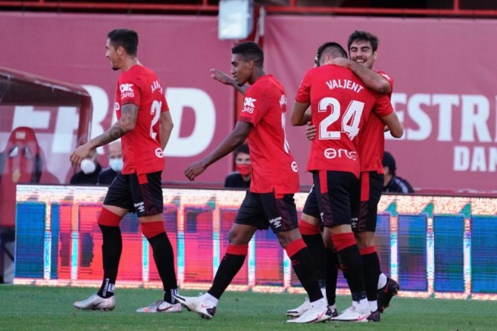 El RCD Mallorca gana al CD Tenerife en el Visit Mallorca Estadi (2-0)