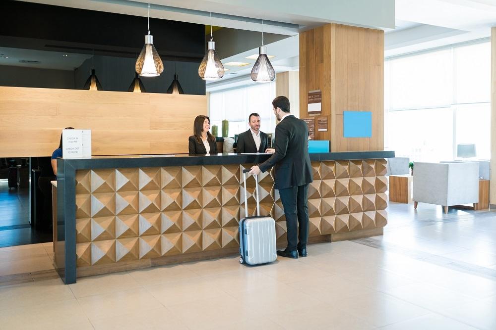 Los hoteleros españoles sienten un abandono total