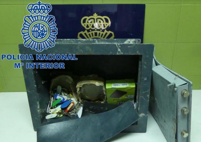 La Policía Nacional ha detenido a un hombre por robar una caja fuerte en un centro de culto