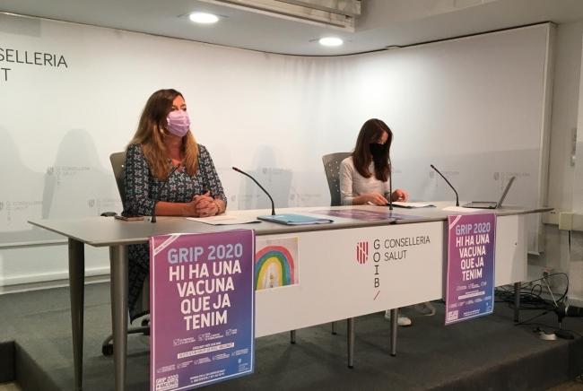 El Govern mantiene la prohibición de fumar en la calle en Baleares