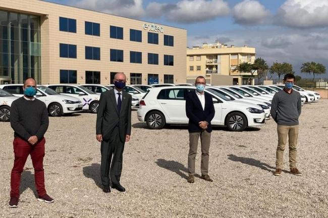 Yllanes asiste a la presentación de la nueva flota de vehículos eléctricos de Endesa