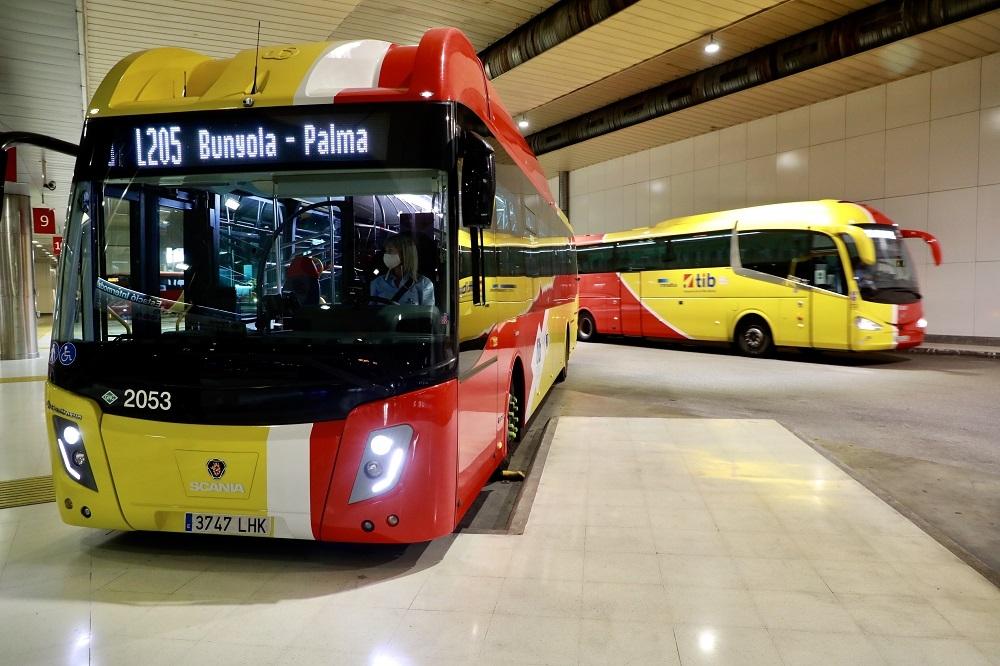 Inauguran las primeras cuatro líneas del TIB operadas con buses de la nueva flota