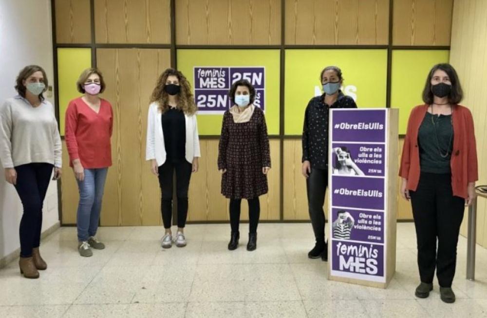 MÉS pone en marcha la campaña 'Obre els ulls' para denunciar las violencias invisibilizadas hacia las mujeres