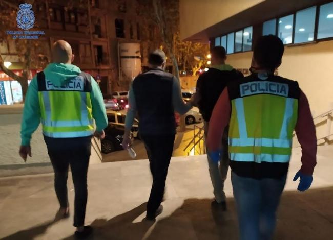 La Policía Nacional detiene a un falso revisor del gas por hurtos y estafas a mujeres de edad avanzada en Palma