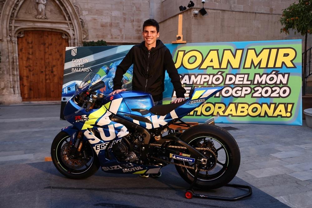 El Govern felicita a Joan Mir por su título de campeón del mundo de MotoGP 2020