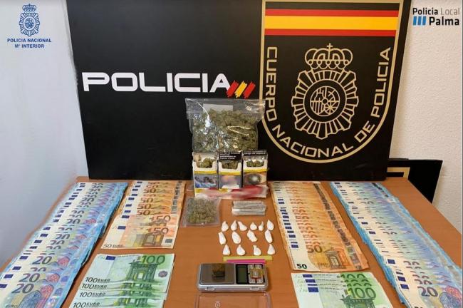 La Policía Nacional de Palma desmonta un punto donde ofrecían servicios sexuales y se vendían sustancias estupefacientes