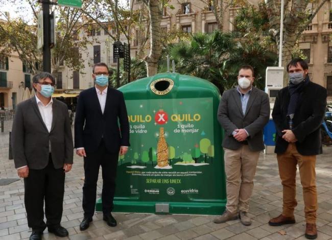 Una campaña solidaria fomenta el reciclaje de vidrio en beneficio de los bancos de alimentos