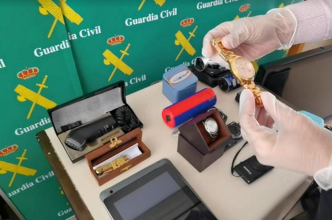 La Guardia Civil ha detenido a cuatro hombres por robos en viviendas de Raiguer, Marratxí y Palma