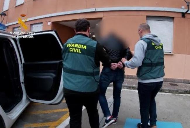 La Guardia Civil localiza y detiene al autor  de 45 delitos de abusos sexuales a menores