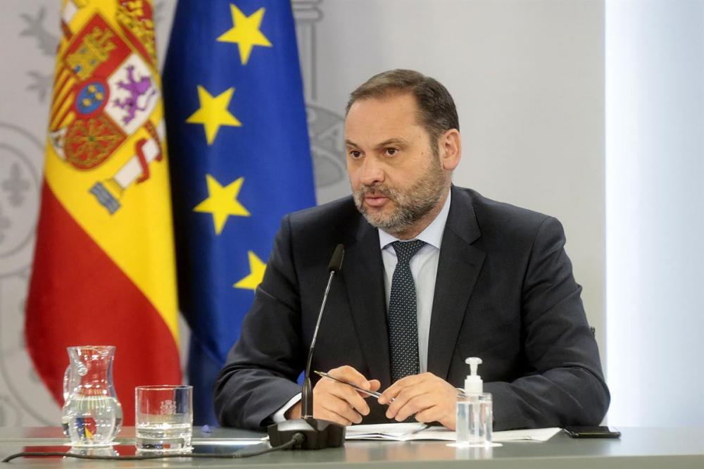 El Gobierno aprueba nuevas ayudas a los sectores del turismo, la hostelería y el comercio minorista